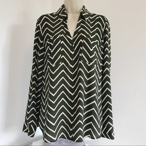 Express Blouse L Chevron Button Front Tab Sleeve